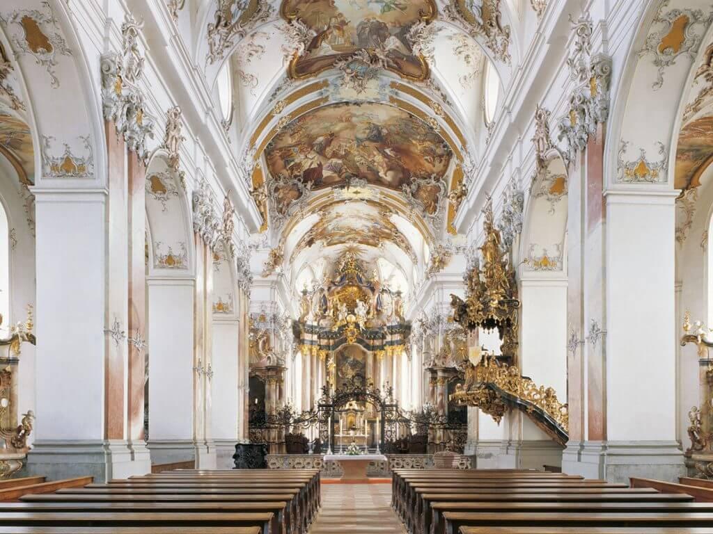 Hochzeit im Schloss in der Abteikirche