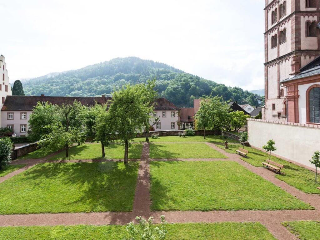 Klosterinnenhöfe und Abteigarten
